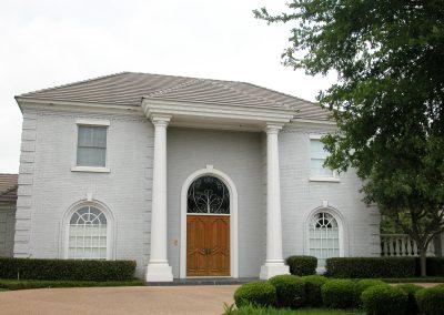 gallery_house pillars